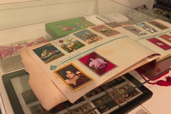Quant aux banals catalogues commerciaux de cartes, d'époque, ils valent... 1.000 euros pièce.