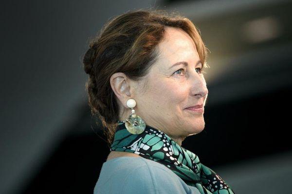 La ministre de l'Ecologie, Ségolène Royal, lors d'une conférence de presse au Newseum de Washington (Etats-Unis), le 9 juin 2015.