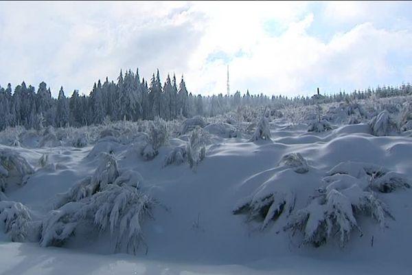 Le Haut-Folin et ses paysages magnifiques sous la neige