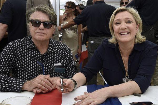 Gilbert Collard et Marine Le Pen juillet 2016 au Pontet