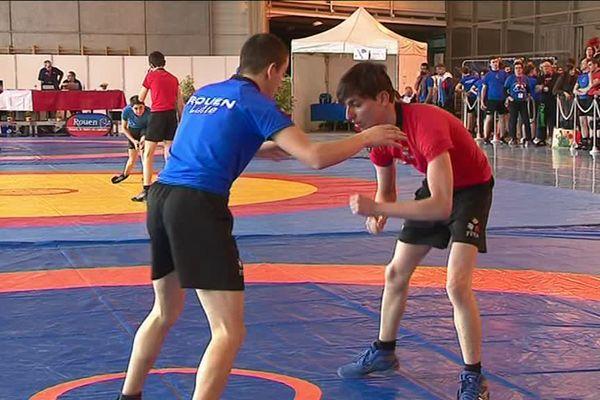 Le championnat de France de lutte adaptée a eu lieu à Rouen le samedi 31 mars 2018.