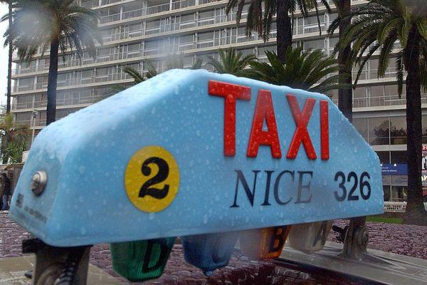 Les taxis se mobilisent, à Nice comme à Cannes.