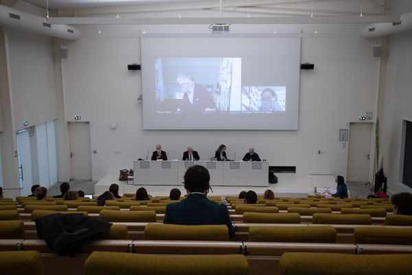 Soutenance de Anne-Laure Charles à l'université de Besançon