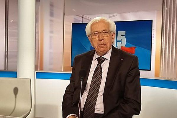 André Vézinhet (PS) ex-président du conseil général de l'Hérault