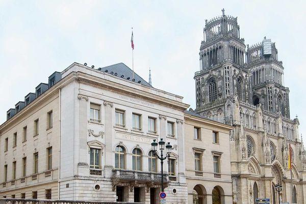 La mairie d'Orléans.