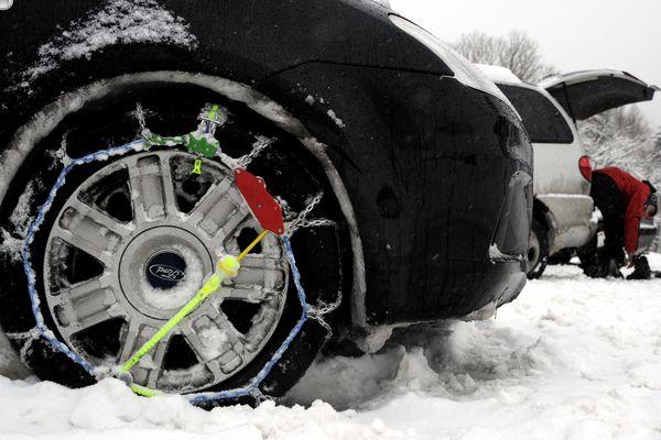 Les équipements neige obligatoires dans le Cantal, à l'exception de l'A75, les 29 au 30 janvier 2019.