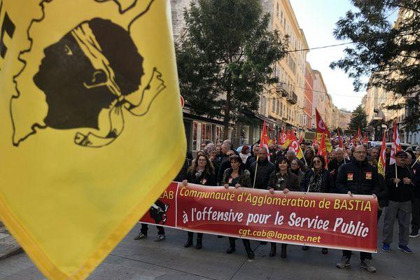 Entre 700 et 900 manifestants ont battu le pavé à Bastia, ce mardi 10 décembre