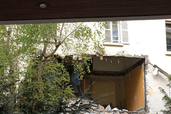 L'explosion a éventré un immeuble du 18e arrondissement de Paris.