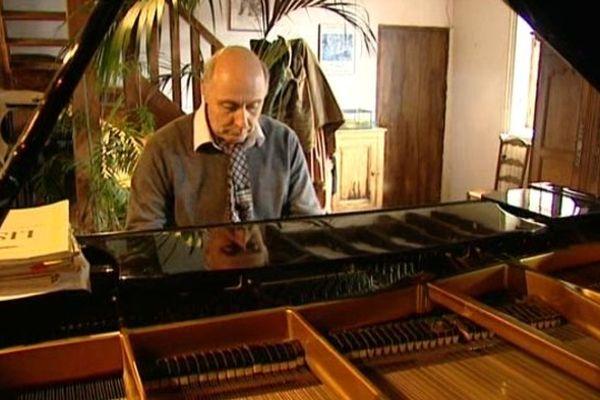 Patrick Morin, maire musicien de Chaon (41)