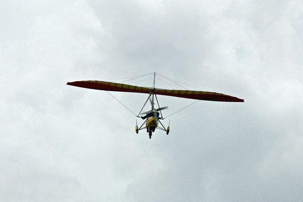 Un ultra léger motorisé en vol
