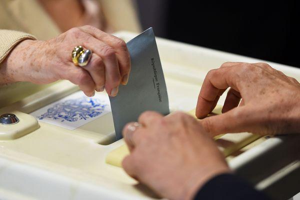 La tenue du scrutin pour les élections municipales pose question avec la propagation du coronavirus en France. Photo d'illustration.