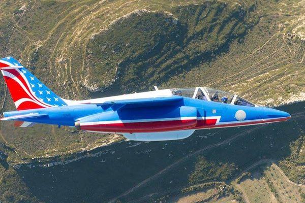 Aux couleurs américaines, 10 Alpha Jet sont prêts à traverser l'Atlantique à l'occasion du centenaire de l'entrée en guerre des Etats-Unis lors de la Première Guerre Mondiale.