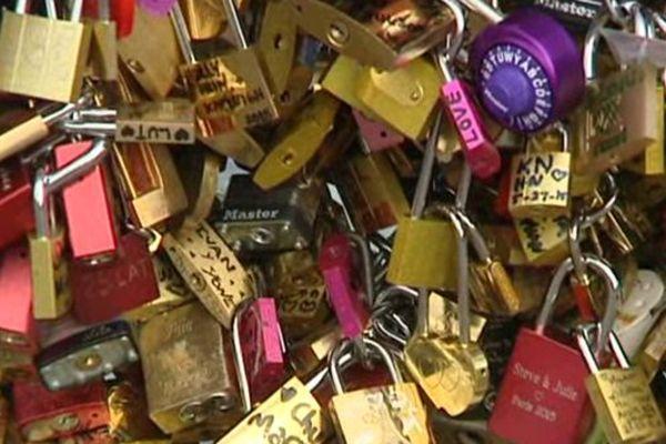 Les cadenas devraient être retirés du Pont des Arts dès lundi