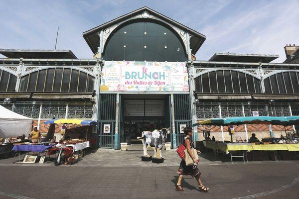 Le Brunch des Halles est ouvert tous les dimanches de l'été.