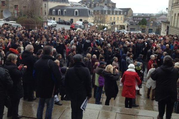 800 personnes rassemblées à Fougères