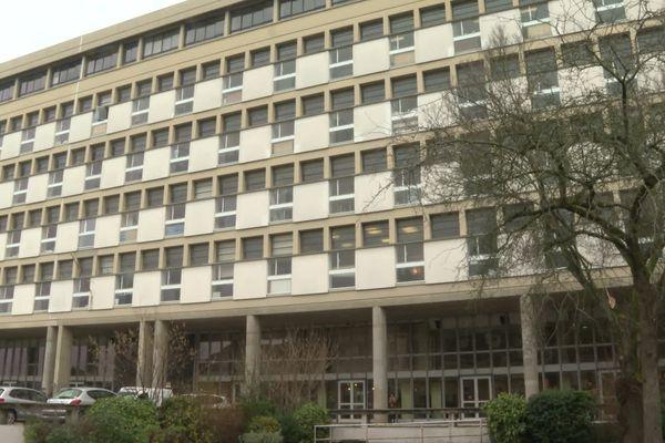 La faculté de droit de Rennes 1 secouée par le suicide d'une étudiante