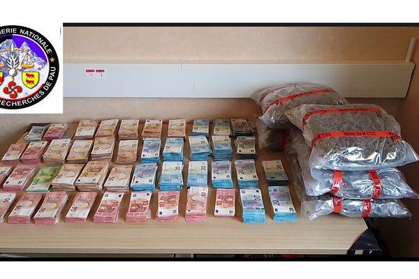 172000 euros, 15 voitures et des produits stupéfiants ont été saisis lors du démantèlement.