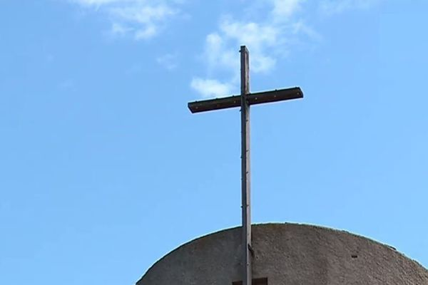Depuis 1950, le nombre de prêtres sur l'île a fortement baissé.