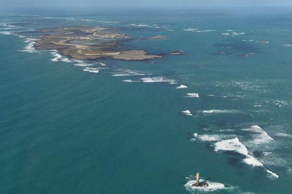 Vue aérienne de l'île de Sein à marée basse