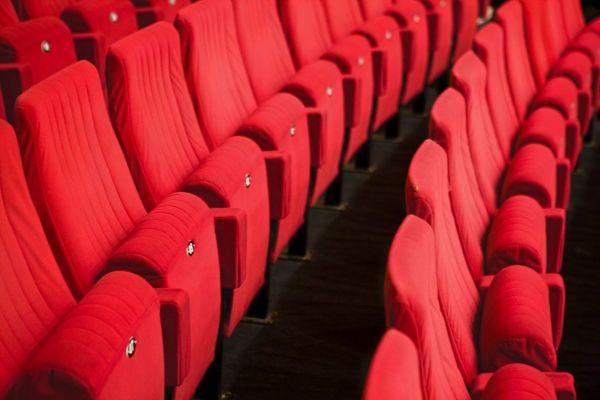 Les théâtres et les cinémas fermés en raison de la pandémie