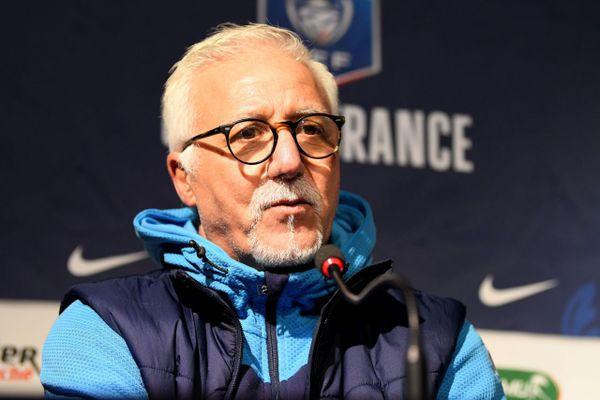 Nasser Larguet avait assuré l'intérim à la tête de l'équipe première entre le départ d'André Villas-Boas et l'arrivée de Jorge Sampaoli.