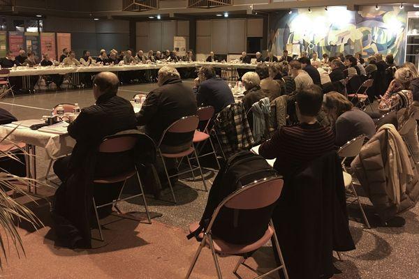 De nombreux habitants se sont déplacés mercredi 4 décembre afin d'entendre les conclusions de la visite de l'Agence de sûreté nucléaire à la centrale de Golfech en octobre dernier.