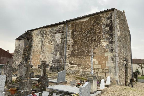 L'église est revenue dans le giron de la commune de Floirac, au sud de la Charente-Maritime, et des messes vont pouvoir y être célébrées.