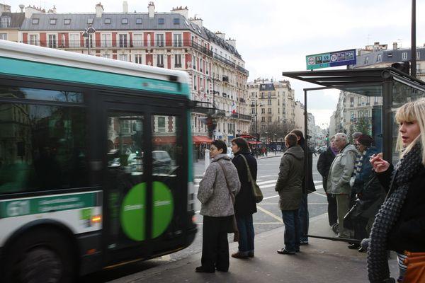 Le ticket/SMS généralisé dans toute l'Ile-de-France