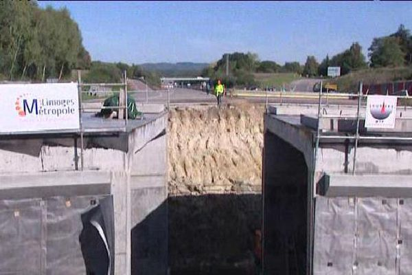 La jonction entre les deux tunnels a été réalisée avec succès à 11h20 ce dimanche.
