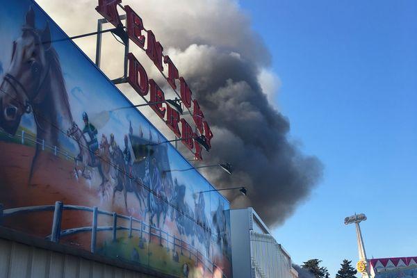 L'incendie s'est déclaré aux alentours de 14h00.