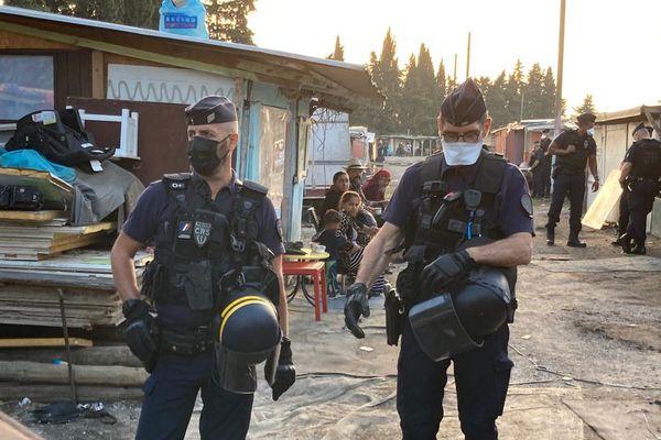 Plusieurs dizaines de CRS et policiers mobilisés