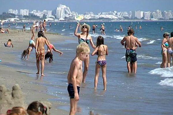 Carnon (Hérault) - les enfants à la plage - 31 août 2016.