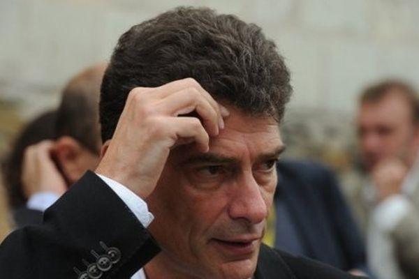 Pascal Durand est avocat. Il a succédé à Cécile Duflot en 2012 à la tête d'Europe Ecologie - Les Verts avant de quitter ses fonctions en 2013.