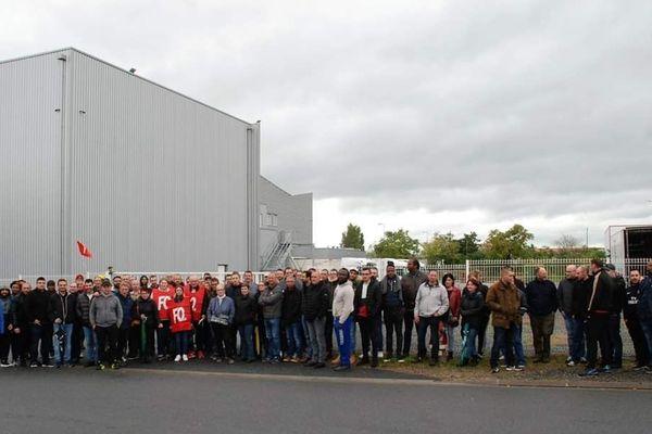 Jeudi 31 octobre, environ 75% du personnel de l'abattoir Puigrenier à Montluçon dans l'Allier sont en grève.