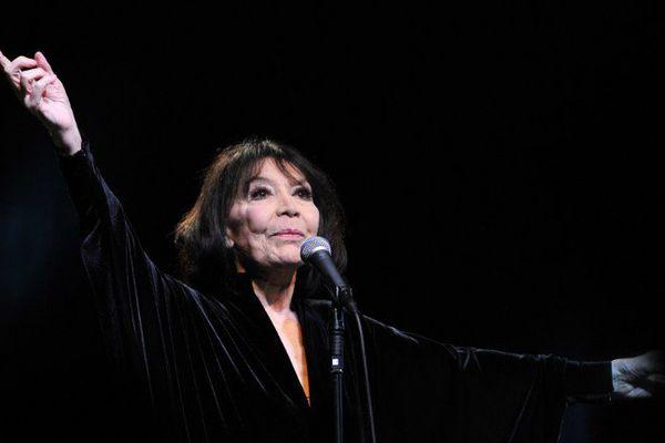 Juliette Gréco sur scène en 2015 à Bourges