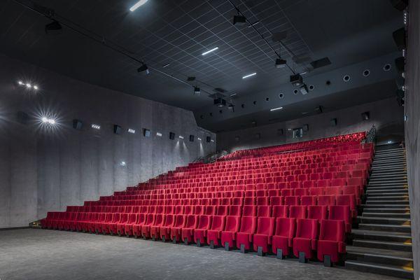 Les salles de cinémas pourront-elles accueillir les spectateurs pour les vacances de Noël ?