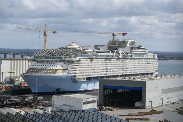 Le Wonder of the Seas est le plus gros navire de croisière au monde. Saint-Nazaire, mars 2021