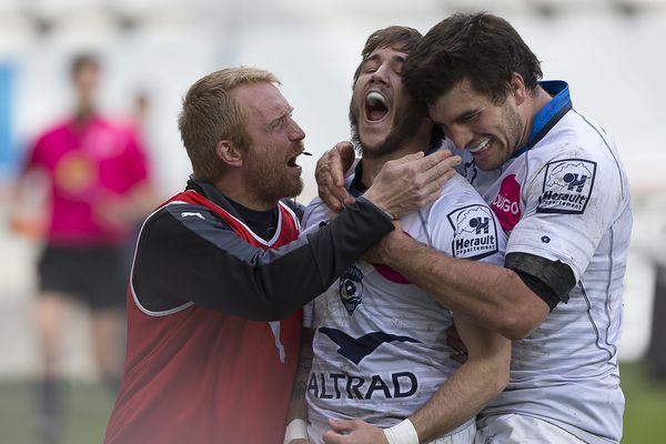 La joie des joueurs du MHR lors de leur belle victoire 26-20 à Paris face au Stade Français - 17 avril 2016