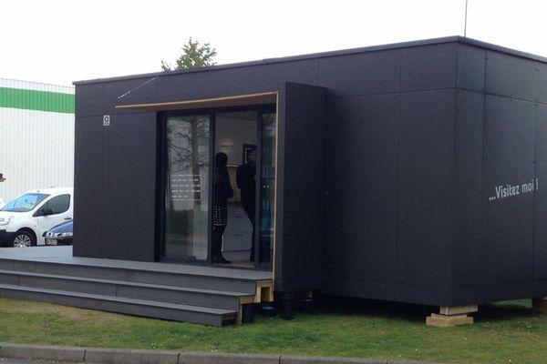 Ces mini-maisons sont livrées après une semaine, voire moins selon les extensions commandées