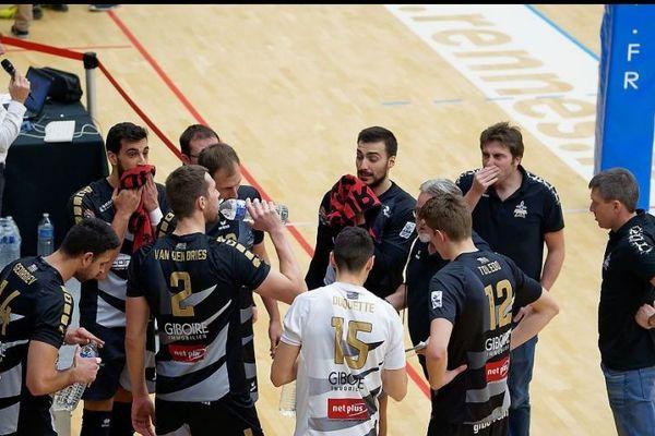 Le Rennes Volley 35  lors de son match face à Tourcoing