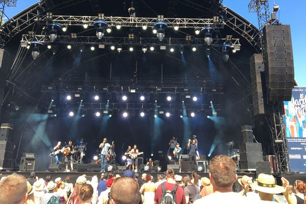 Le groupe lorrain Le Grôs Tour a ouvert les concerts du dimanche 2 juin.