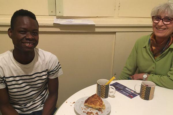 Depuis le mois de novembre, Moussa vit chez Marie-Christine après une année passée à l'hôtel
