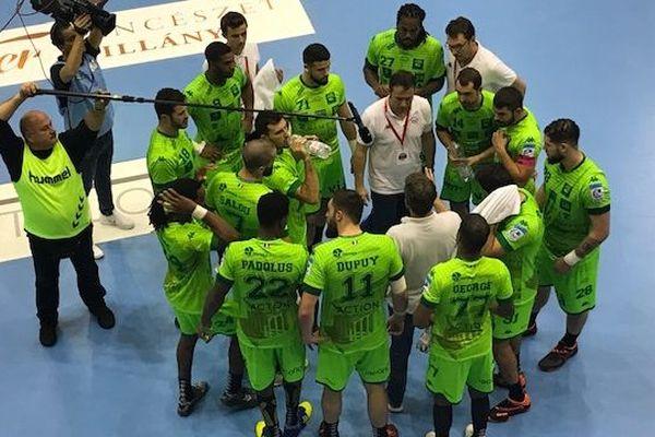 Les joueurs de la Grean Team de Nîmes ont été battus 28 à 25 lors du match aller en Hongrie.