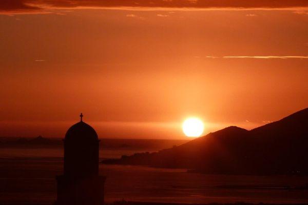 Coucher de soleil à Bastelicaccia (Corse-du-Sud)