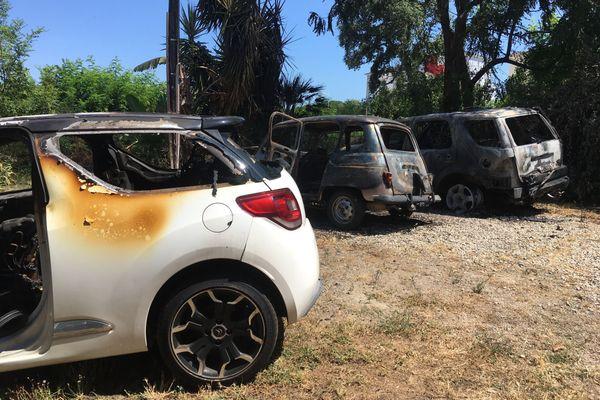 Les trois véhicules qui ont été incendiés, dans la nuit de samedi à dimanche à Lucciana, appartenaient à un agent de l'administration pénitentiaire de la maison d'arrêt de Borgo.