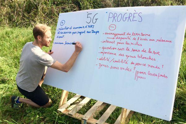 Une soixantaine de personnes se sont réunies pour discuter de la 5G
