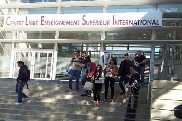 Béziers (Hérault) - CLESI, Centre Libre d'Enseignement Supérieur International, Fernando Pessoa - 14 octobre 2013.