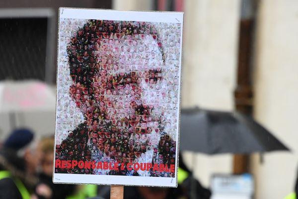 """La loi """"anti-casseurs"""", portée par Christophe Castaner, a été adoptée à l'Assemblée Nationale."""