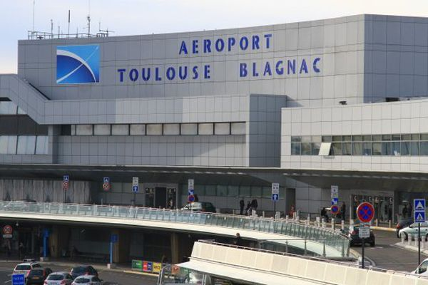 8 000 emplois seraient menacés à l'aéroport Toulouse-Blagnac _ archives.