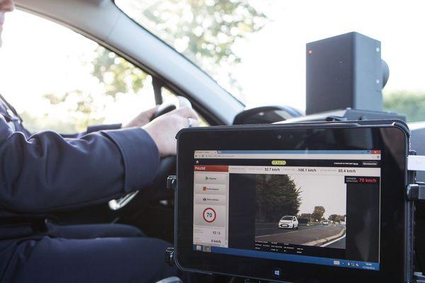 Un radar embarqué, la nouvelle arme pour contrôler les excès de vitesse.